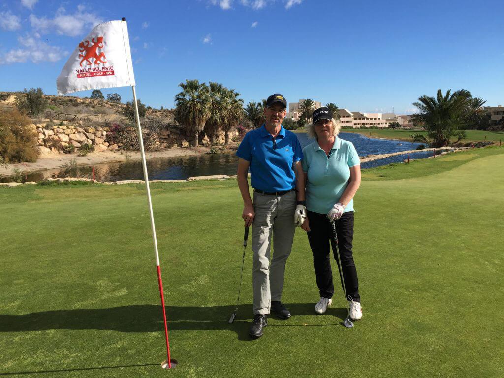 Christina och Peter avslutar sin golfsemester på VDE med 36 hål!