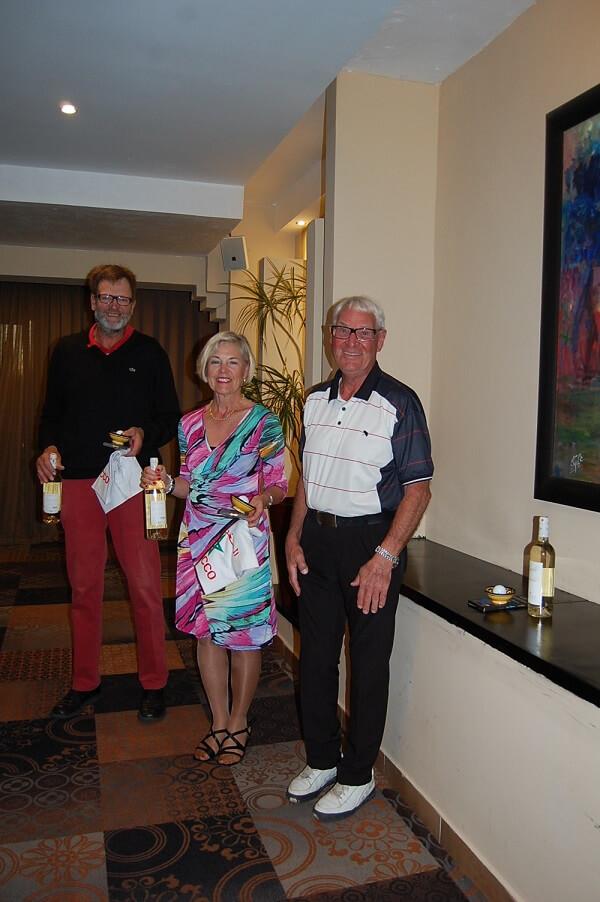 Det fanns duktiga golfare också,Jan-Åke, Birthe och Sone spelade hem Easton Classic i överlägsen stil.