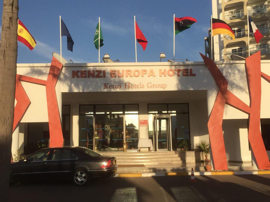 Easton Golf använder två hotell i Agadir, båda mycket bra och de ligger ca 100 m från varandra. Jag tänkte börja med lite bilder från Kenzi Europa Hotel.