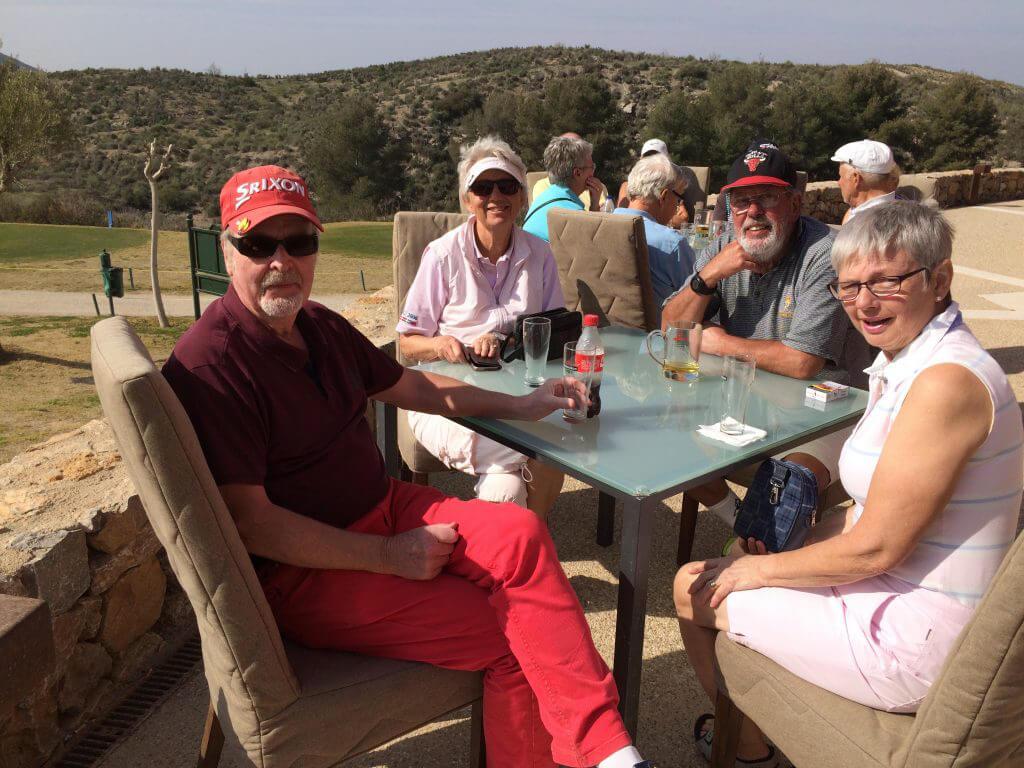 en underbar dag golfdag. Lennart ,Birgitta, Björn och Pia har spelat scramble.