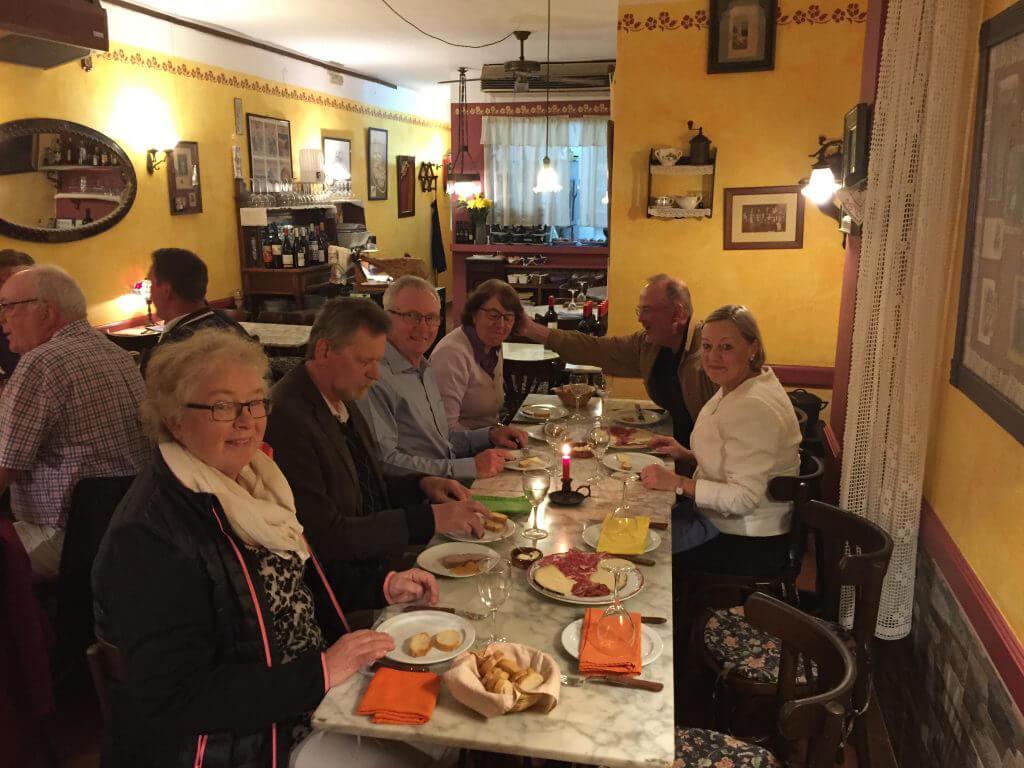 Gemensam middag på La Cua Curta