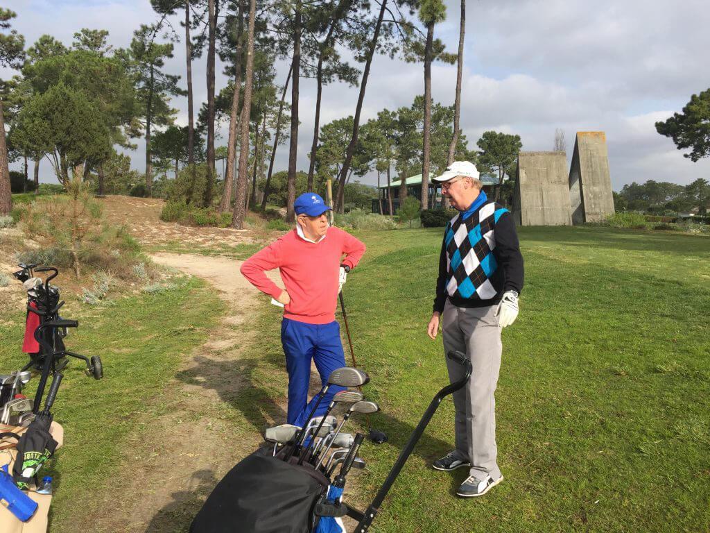 Vilken taktik ska vi ha? Lars och Tommy diskuterar.