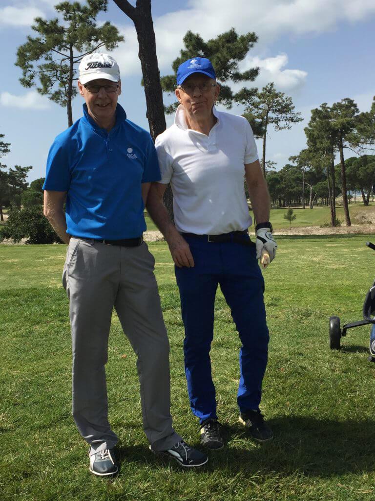 Två stiliga herrar, Lars och Tommy ser nöjda ut.