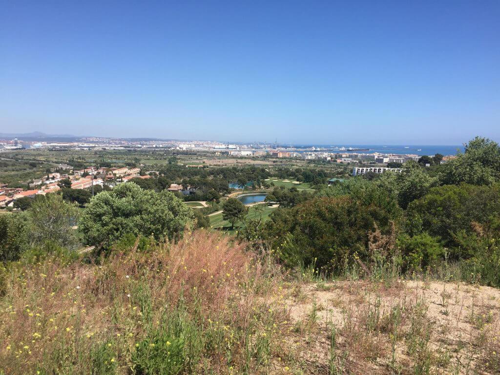 Utsikten från Hills är helt fantastisk, i horisonten syns Tarragona