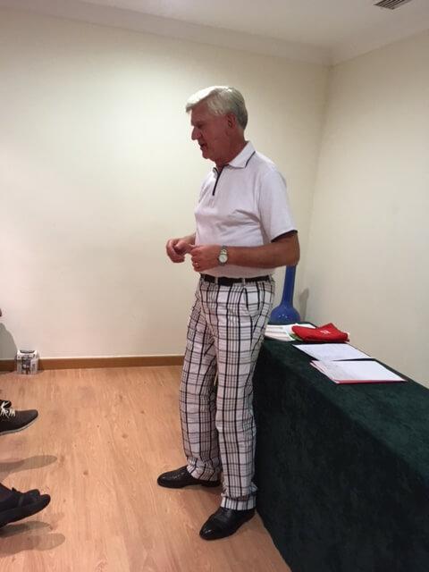 Jan, vinnare av Karlskoga Invitation tillika Veckans Spelare. en herre som har fler historier än rutor på byxorna (inte alla under bältet). Går det att mäta historier i ett hcp system så är han scratch spelare!
