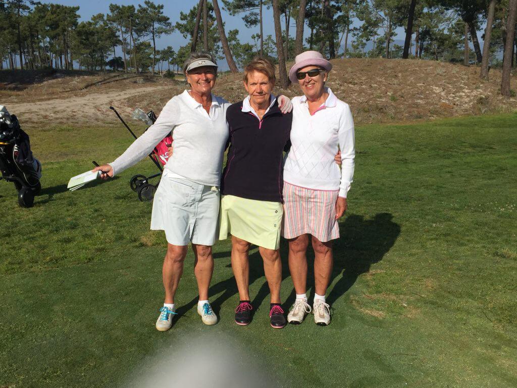 Glada damer som trivs på Troia golfbana är Barbro, Kerstin och Inga-Maj.