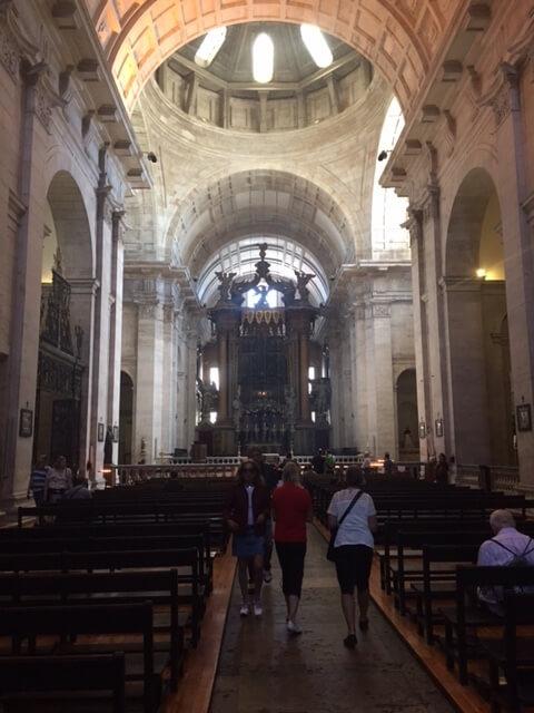 En vacker gammal kyrka besökte vi också.